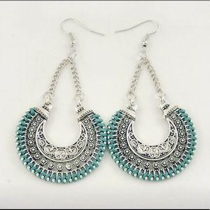 Jewelry - Chic Boho Silver & Mint Green Drop Earrings NEW